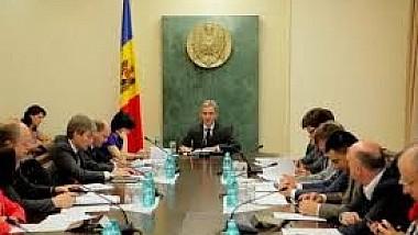 Guvernul a avizat pozitiv proiectul bugetului pe anul 2014 cu un deficit de 2,3% din PIB