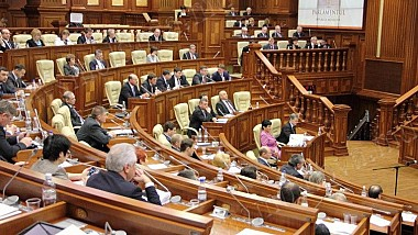 Deputaţii vor discuta mâine, într-o şedinţă închisă, despre securitatea Republicii Moldova