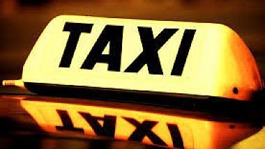 Angajatele unei companii de taxi se plâng că nu și-ai primit salariile de cinci luni