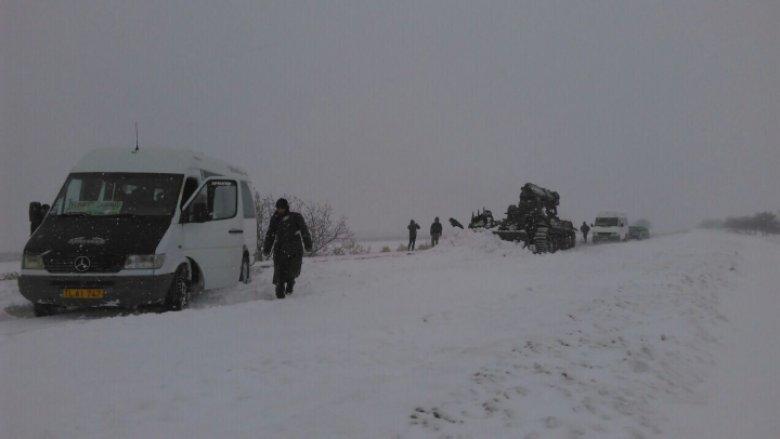 Ninsorile au trecut, vin INUNDAȚIILE! Vremea rea provoacă pagube însemnate în Moldova