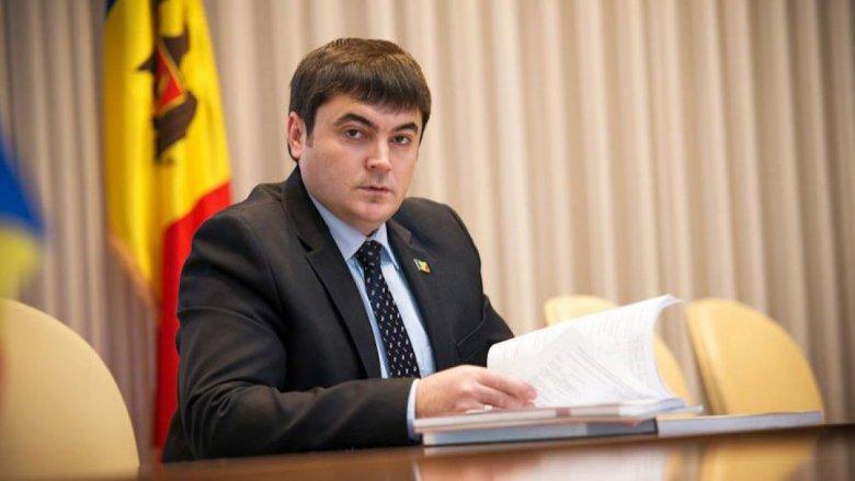 Minus un deputat. Iiurie Chiorescu părăseşte PLDM şi aderă la PDM