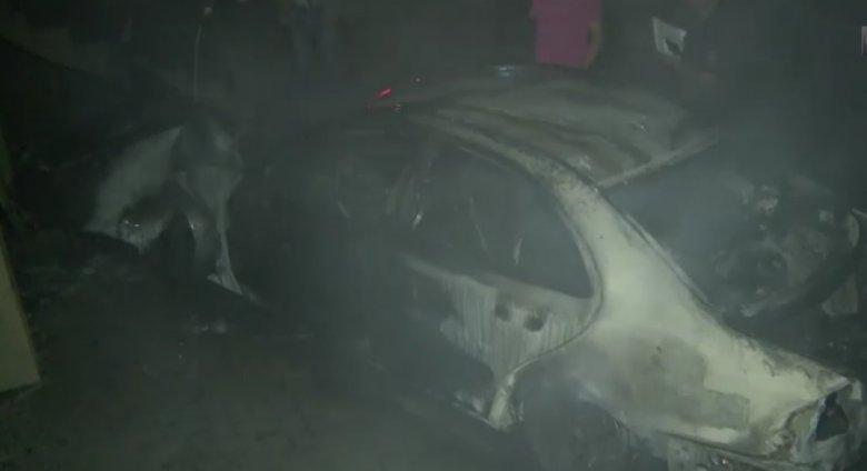 Mașină cuprinsă de flăcări în orașul Durlești