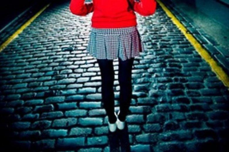 Clipe de groază pentru o tânără din Capitală. A fost atacată pe la spate