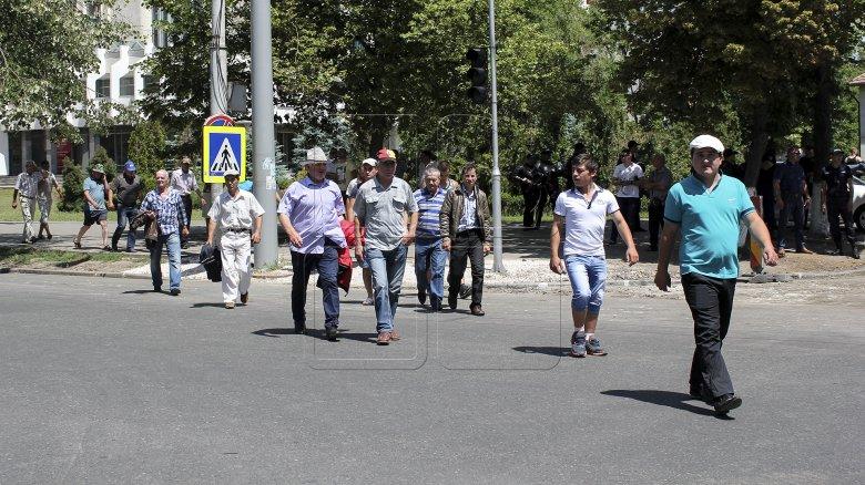 Luka Tomic: Pe timpuri protestatarii schimbau istoria, acum blochează circulaţia!