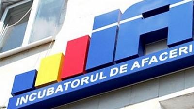Tot mai mulți tineri din Moldova vor să-și deschidă afaceri prin intermediul Incubatoarelor de Afaceri, care le oferă consultanță juridică și contabilă