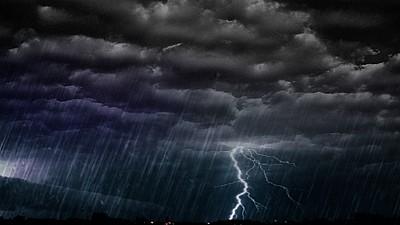 COD GALBEN de vijelii şi furtuni puternice. Toată ţara va fi afectată