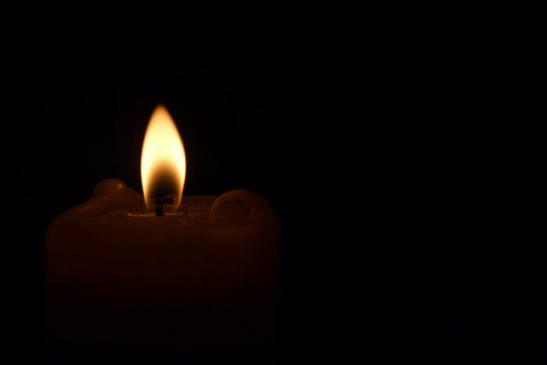 Gest teribil! Un bărbat din Telenești s-ar fi sinucis, după ce şi-a incendiat casa
