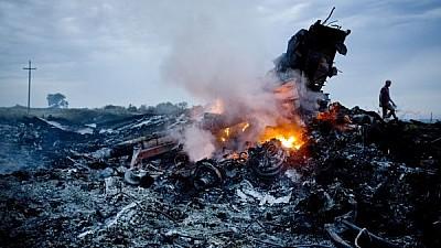 Trei ani de la tragedia din Donbass. Un monument dedicat victimelor zborului MH17 a fost inaugurat