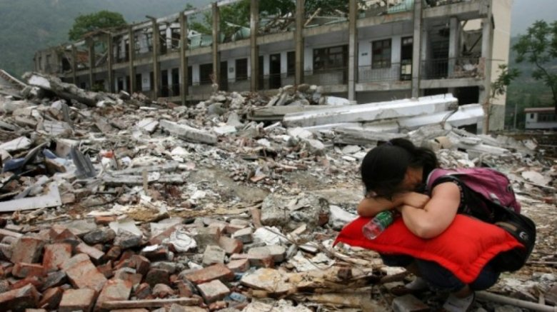 Cutremur în China! Cel puţin 13 oameni au murit, iar 175 au fost răniţi