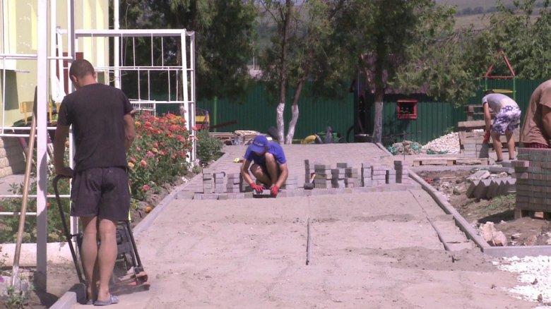 Localitate renovată. Proiectele pentru Ţânţăreni, aproape de final