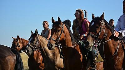 Верхом по Бельцам. В северной столице проходит фесиваль конного спорта