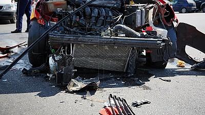 Impact violent în Capitală! Doi şoferi au ajuns la spital, în urma unui accident rutier