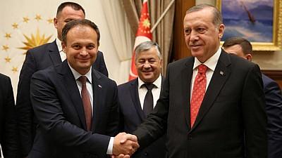 Обращение в ООН. Турция просит ключить в повестку вопрос о выводе войск