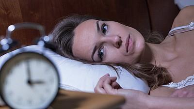 Monitorizarea somnului: Un telefon performant te poate ajuta să te trezești cu dispoziție bună
