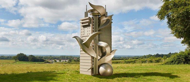 Imaginea zilei: Sculpturile ale celor mai solicitaţi artişti ai momentului surprinse într-un parc din Marea Britanie