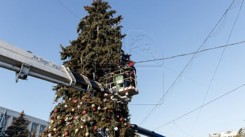 Pomul de Crăciun din centrul Capitalei va fi inaugurat în data de 1 decembrie. Ce alte surprize pregătesc autoritățile