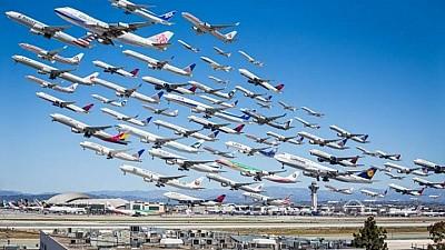 Luxul expus în Emirate. 1.200 de modele ale celor mai renumite companii din lume au fost prezentate la o expoziţie de avioane la Dubai