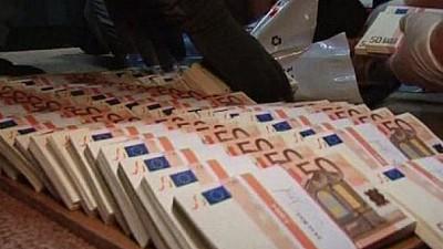 Fabrică de bani falşi. Poliţia italiană a confiscat 28 milioane de euro contrafăcuţi