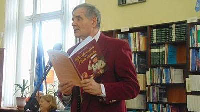 Expertul în protocol Oreste Tărîţă a lansat o carte a bunelor maniere. Evenimentul a avut loc la Biblioteca Națională