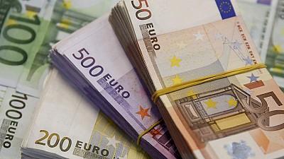 LEUL PRINDE PUTERE! Euro a atins cea mai scăzută cotaţie din ultimii trei ani