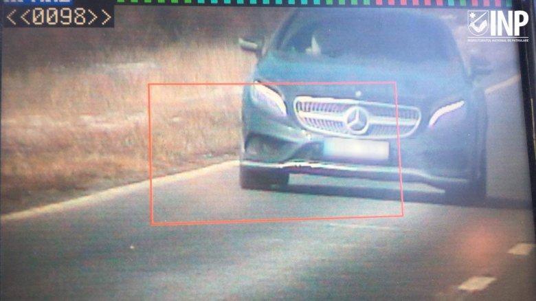 Pe traseul Chişinău-Leuşeni, un şofer a fost prins de radar cu 224 km/h. Care e motivul pentru care a încălcat regulamentul circulaţiei rutiere
