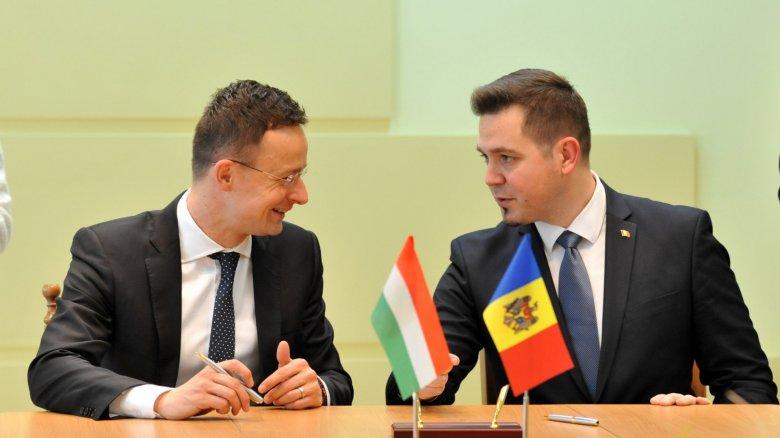Peter Szijjarto: Moldova merită să primească prima tranşă din asistența macrofinanciară de 100 de milioane de euro oferită de UE