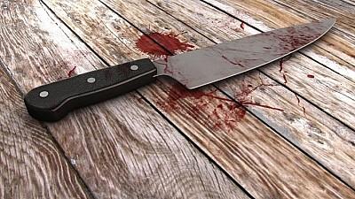 Un bărbat de 40 de ani din Chișinău, în stare gravă la reanimare după ce a fost înjunghiat de soția sa