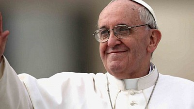 Католическая традиция. Папа Римский омыл ноги нашему соотечественнику