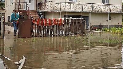 Pericol de INUNDAȚII! Hidrologii susţin că Moldova va fi afectată de un ciclon format în Marea Neagră