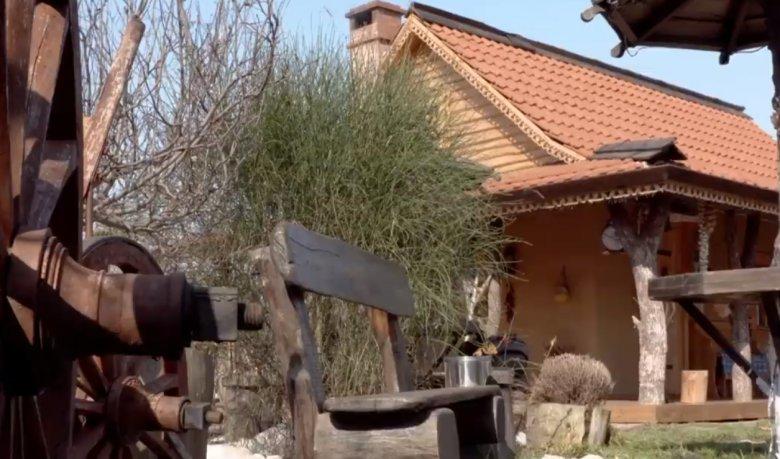 Cele mai semnificative obiecte istorice și tradiții din Găgăuzia, adunate sub acoperișul unui complex turistic din satul Congaz