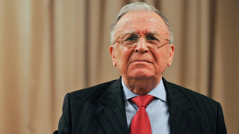 Обвинение предъявили. Бывшему президенту Румынии грозит до 25 лет заключения