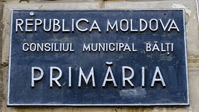 Scandal în Consiliul Municipal Bălţi. Aleşii din Partidul Nostru s-au împărţit în două tabere