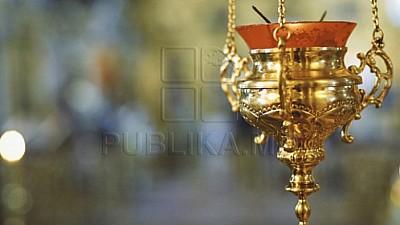 Scandalul legat de biserica din satul Dereneu continuă. Episcopia de Ungheni şi Nisporeni cere despăgubiri de 500.000 de lei de la preotul Florin Marin