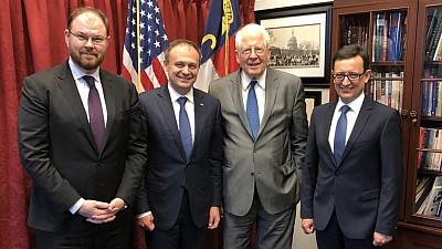 Susţin decizia Moldovei. SUA sprijină eforturile de consolidare a democraţiei