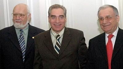 Iohannis a dat undă verde. Iliescu şi Roman, cercetaţi în dosarul Revoluţiei din 1989