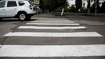 Autorităţile din Capitală vor folosi o vopsea mai bună pentru marcajul rutier. Aceasta este de două ori mai rezistentă