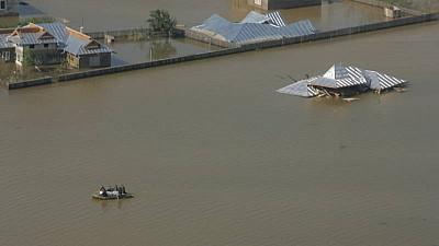 INUNDAȚII DE PROPORȚII în Rusia. Peste 130 de case au fost inundate în totalitate