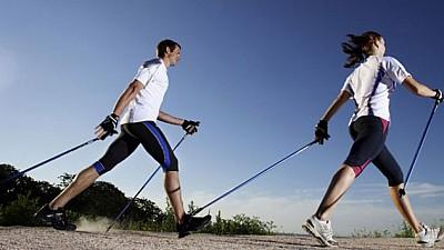 Mersul nordic, popular și la Chișinău. În Capitală a avut loc primul antrenament de mers scandinav din acest an