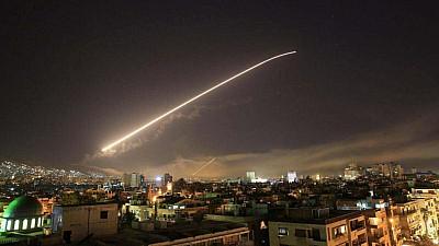Siria, atacată! Donald Trump: Suntem pregătiţi să continuăm atacurile până când regimul sirian nu va înceta să folosească arme chimice