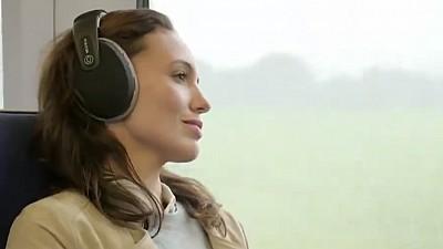 Muzica ascultată în timpul somnului îmbunătățește memoria și tratează insomniile