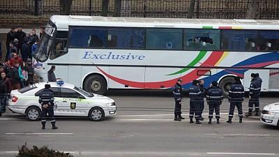 Буйные фанаты из Бельц. В северной Столице напали на автобус с болельщиками