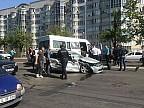 Carambol în sectorul Râșcani al Capitalei. Trei automobile, un microbuz de pe linia 152 și un troleibuz de pe linia 24 s-au ciocnit pe bulevardul Renaşterii