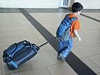 Surpriză pentru părinţi. Un băiat de 12 ani a zburat singur pe insula Bali