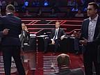BĂTAIE ÎN TOATĂ REGULA! Doi deputaţi ucraineni şi-au împărţit pumni pe holul unei televiziuni de la Kiev
