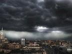 Furtună devastatoare în orașul Moscova. Doi oameni au murit, iar alţi 20 au fost răniţi