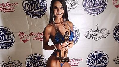 Sexy şi cu muşchi. Moldoveanca Marinela Ungureanu a câştigat un concurs de bodybuilding în SUA