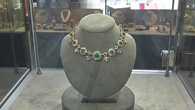 Imaginea zilei: La Geneva, Compania Christie's va scoate la licitație câteva diamante de milioane de dolari