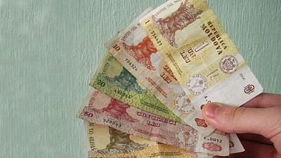 Fabrici de bani falşi! Care a fost cea mai falsificată bancnotă în Moldova pe parcursul anului trecut