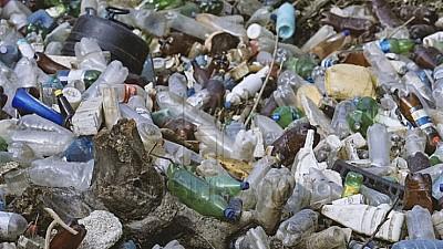 Autorităţile locale de la Bălţi nu mai fac faţă gunoiului. Primarul ales Nicolai Grigorişin i-a cerut ajutor premierului Pavel Filip