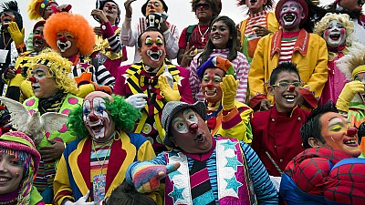 Imaginea zilei: Locuitorii oraşului Lima din Peru au sărbătorit cea de-a XII-a ediţie a Zilei Clovnului